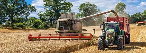 Landwirtschaftsreifen Vollernter und Traktor